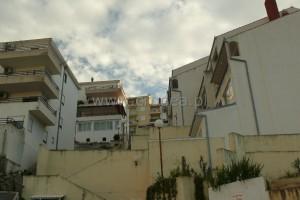 Apartamenty w Chorwacji Apartament Grof dom i otoczenie 02