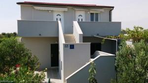 Willa Niveska dom i otoczenie 05